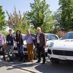 Rallye Teilnehmer mit Porsche Cayenne S E-Hybrid