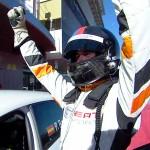 Pol Rosell mit Siegerpose beim Seat Leon Eurocup 2015