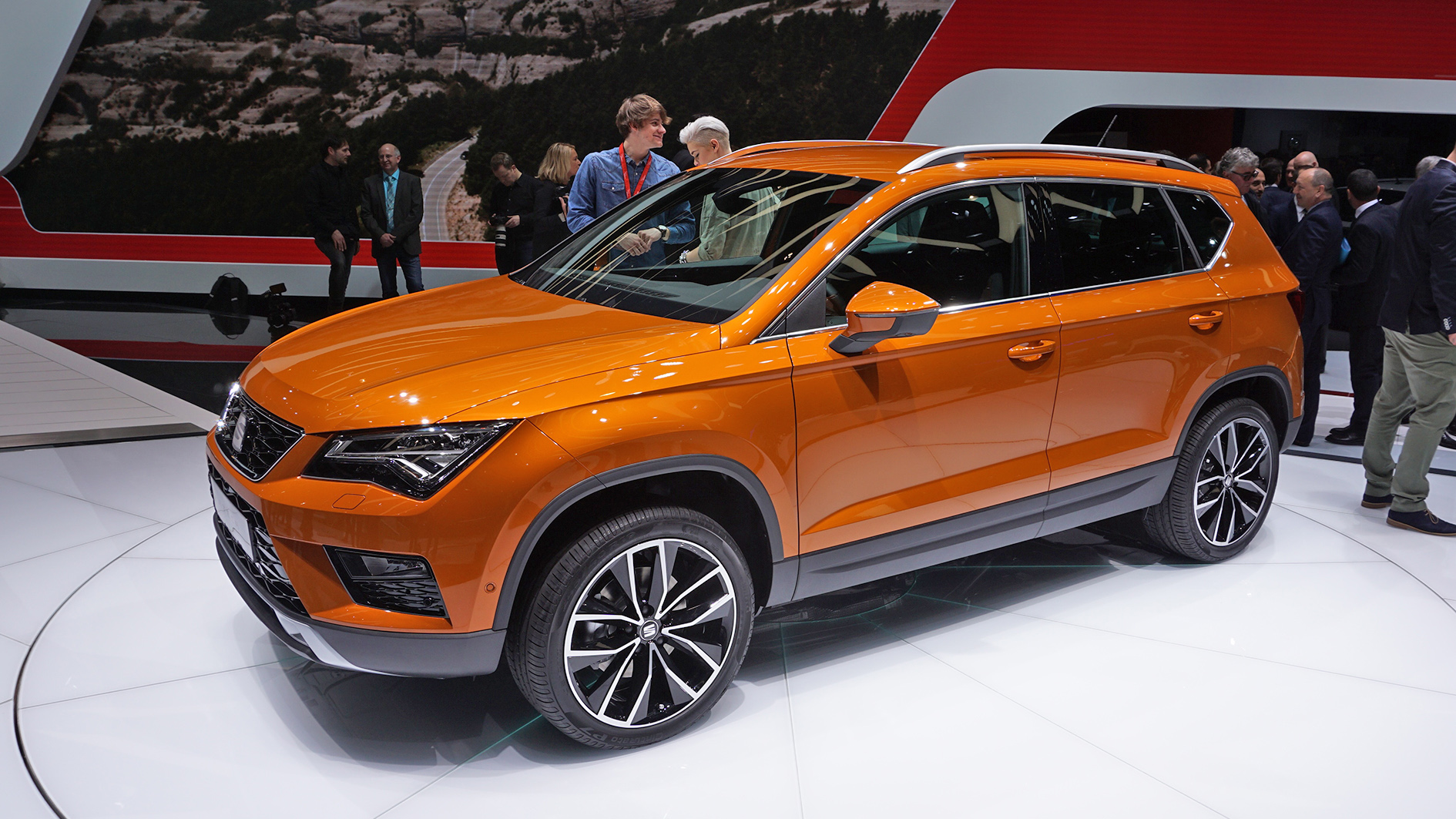 genf 2016 seat ateca weltpremiere seats erstes suv. Black Bedroom Furniture Sets. Home Design Ideas