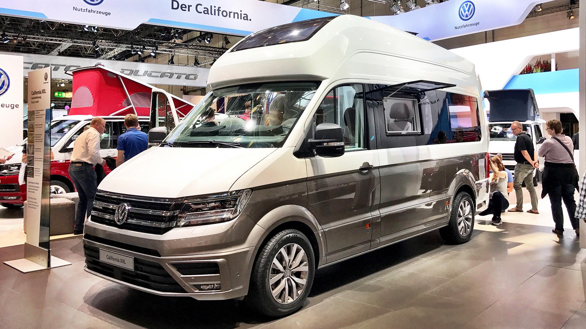 weltpremiere des vw california xxl das crafter reisemobil beim caravan salon 2017 die. Black Bedroom Furniture Sets. Home Design Ideas