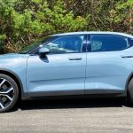 Polestar 2 mit Performance Pack in Thunder Metallic